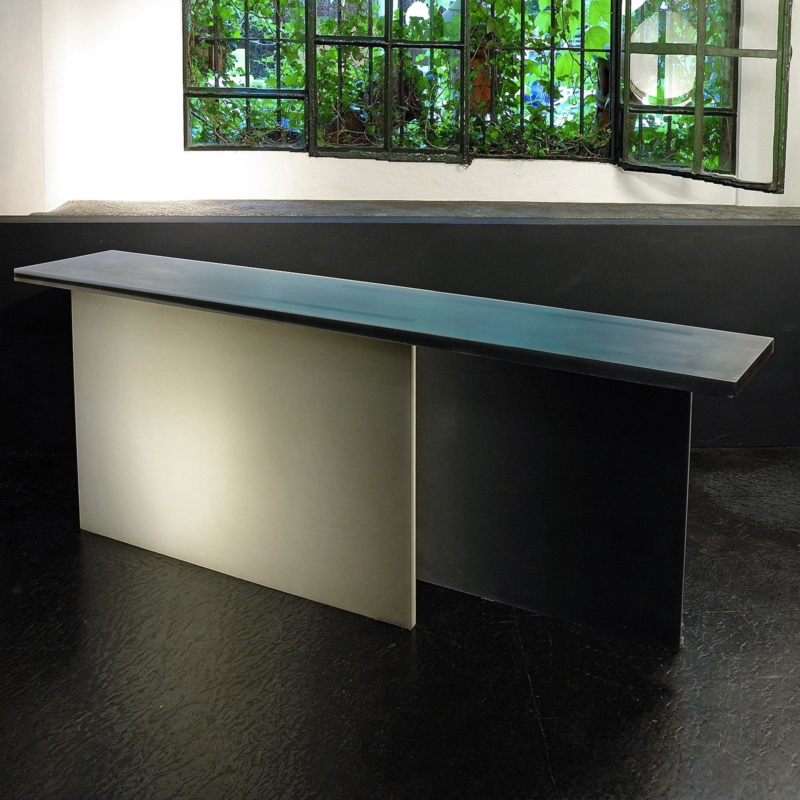 Wonmin Park - Black and White Gradation Console