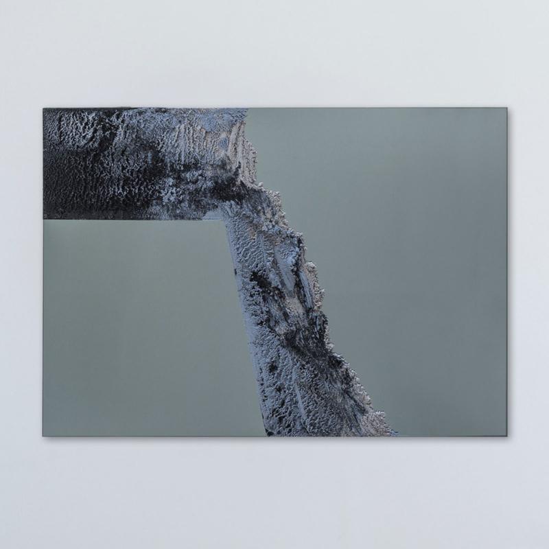 Fernando Mastrangelo - Untitled 02 – Black and Grey Drift Mirror 2