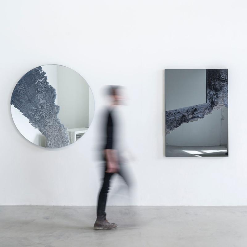 Fernando Mastrangelo - Untitled 02 – Black and Grey Drift Mirror