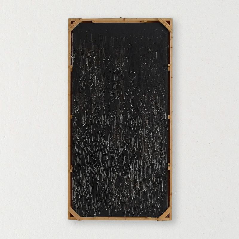 Alissa + Nienke - Mirabilia Wallpaper - Hairy Blades