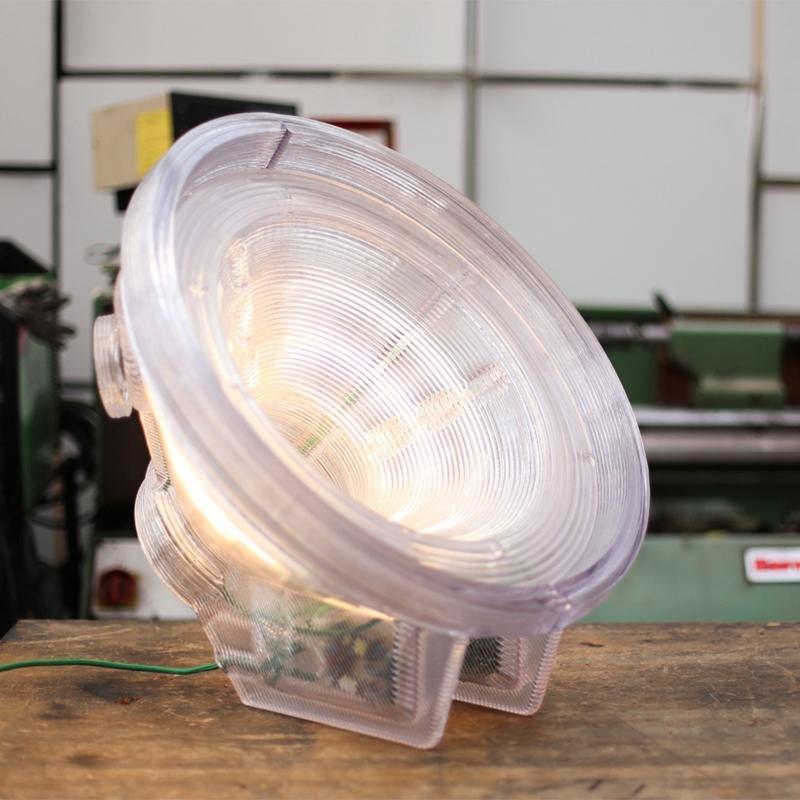 Dirk Vander Kooij - Satellite lamp