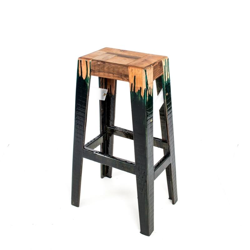 Hillsideout - Liquid Wooden Floor Stool