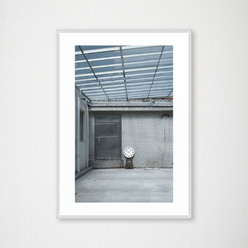 Studio OSOH - Time traveler - Abandoned chair