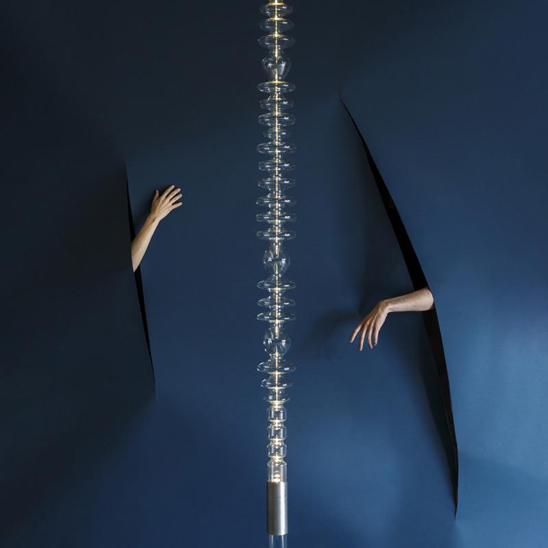 Mayice studio - Filamento Verticale
